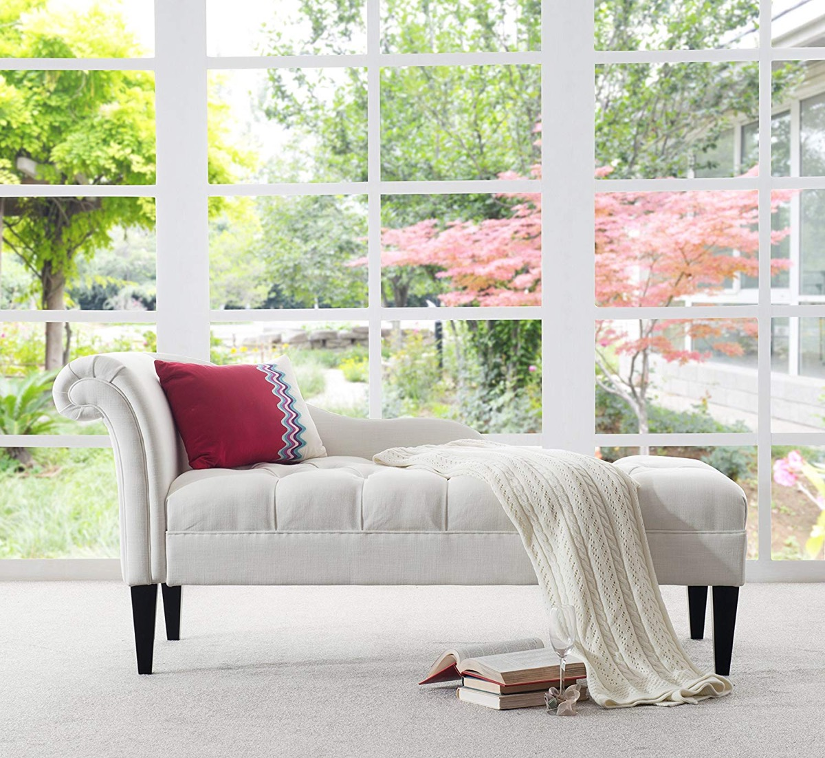 white-tufted-chaise-lounge-for-chic-modern-interior-furniture-themes