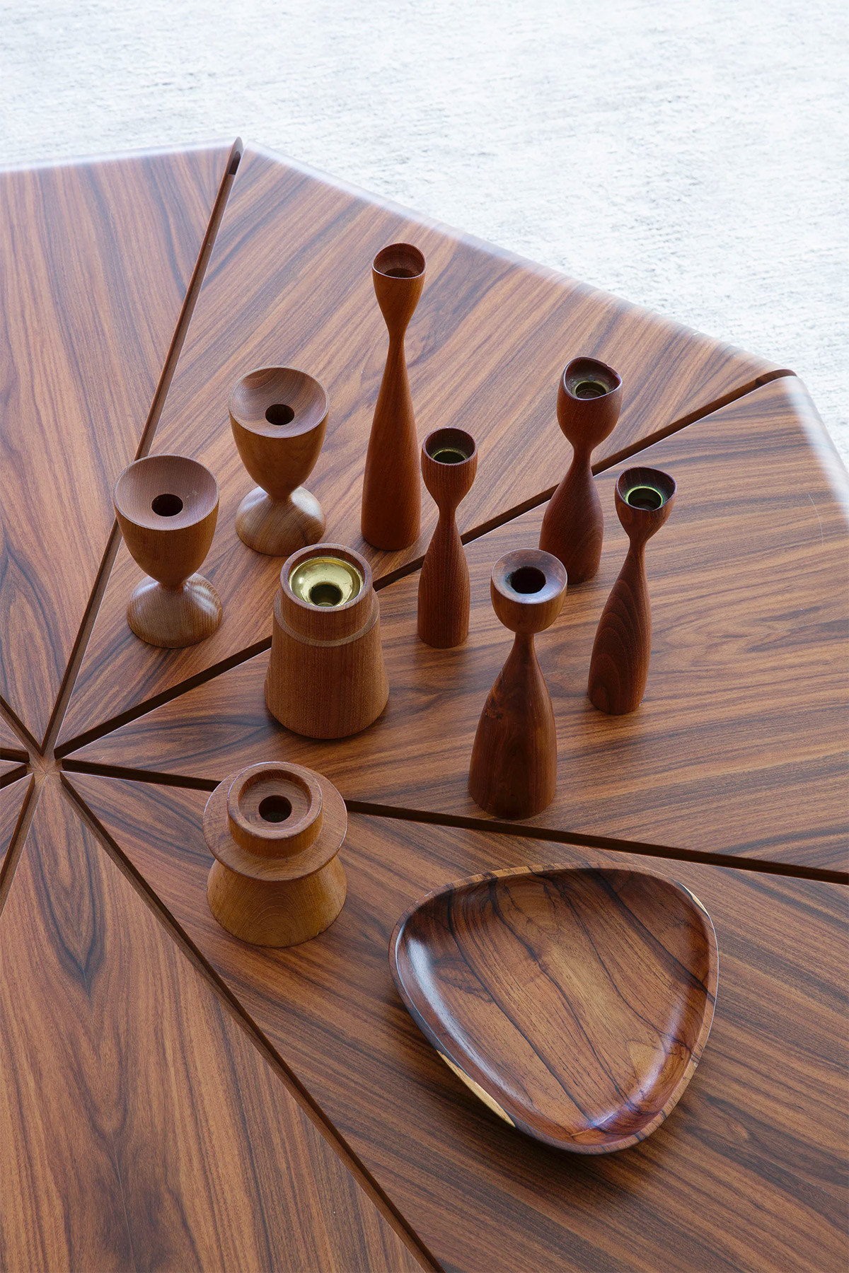 wood-candlesticks