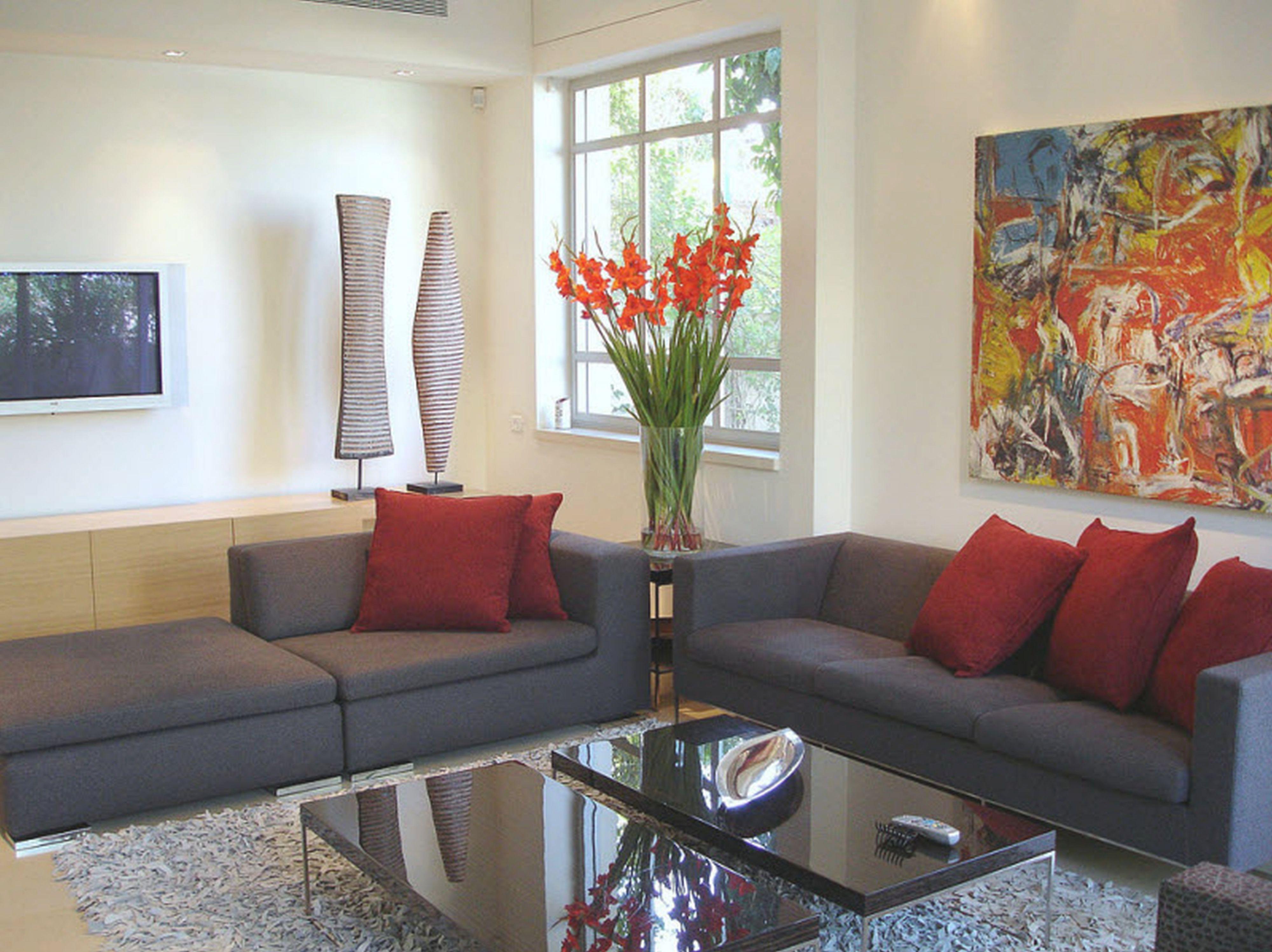Unique Apartment Living Room Decorating Ideas On A Budget ...