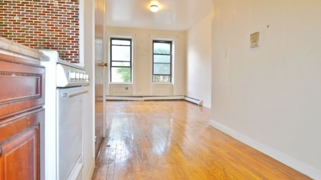 Apartments For Rent Bronx Ny Apt In Bx Craigslist Apartment With Regard To Craigslist 2 Bedroom Apartment Awesome Decors