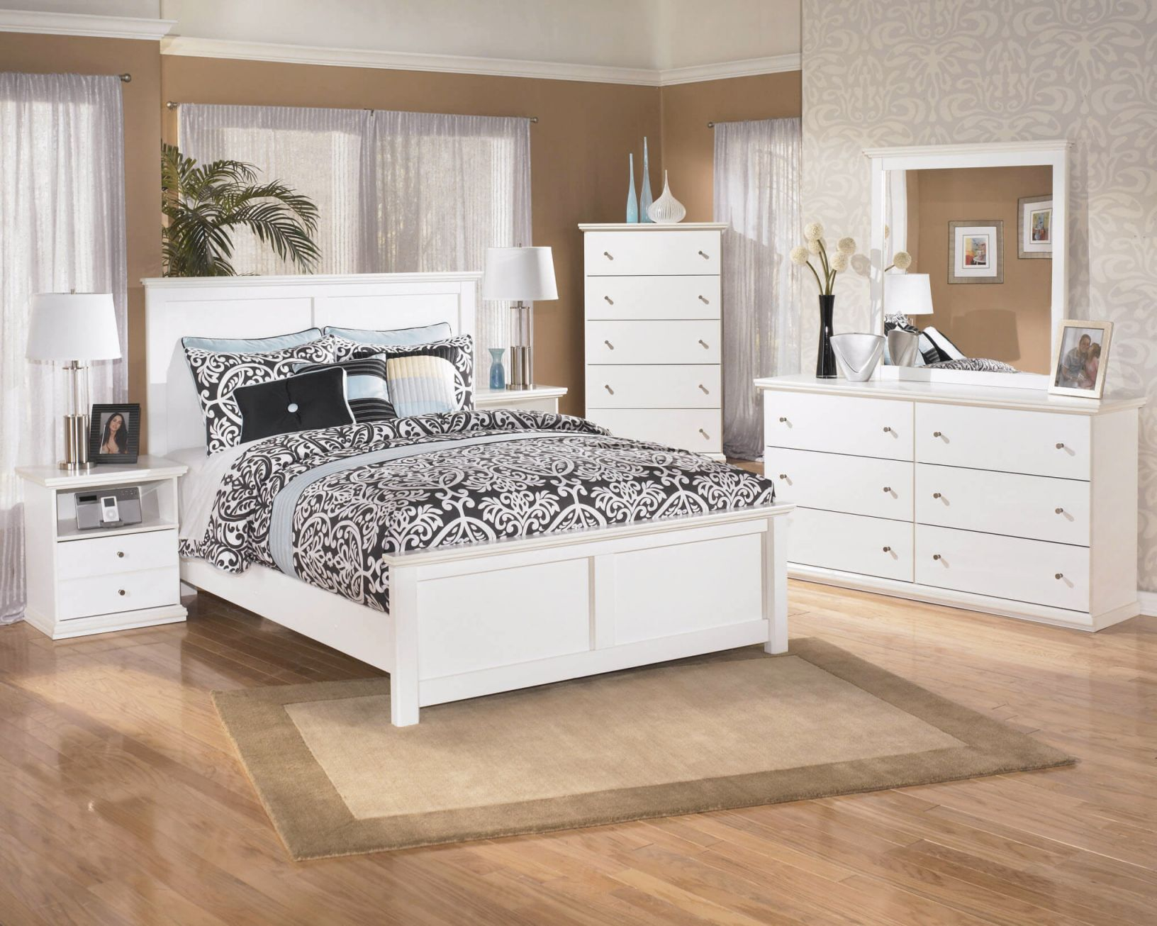 B139 Ashley Bostwick Shoals White Bedroom Set intended for Cheap White Bedroom Furniture Sets