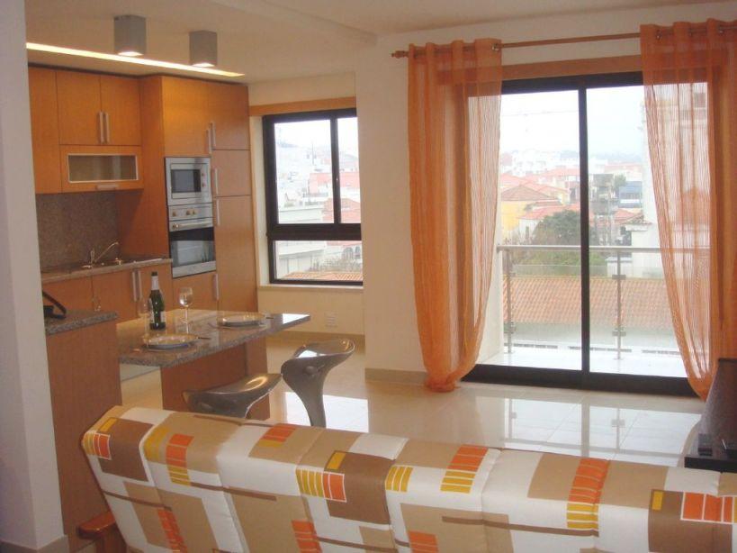 Beautiful One Bedroom, Furnished Apartment, 100M From The Beach – São Martinho Do Porto with Luxury One Bedroom Furnished Apartment