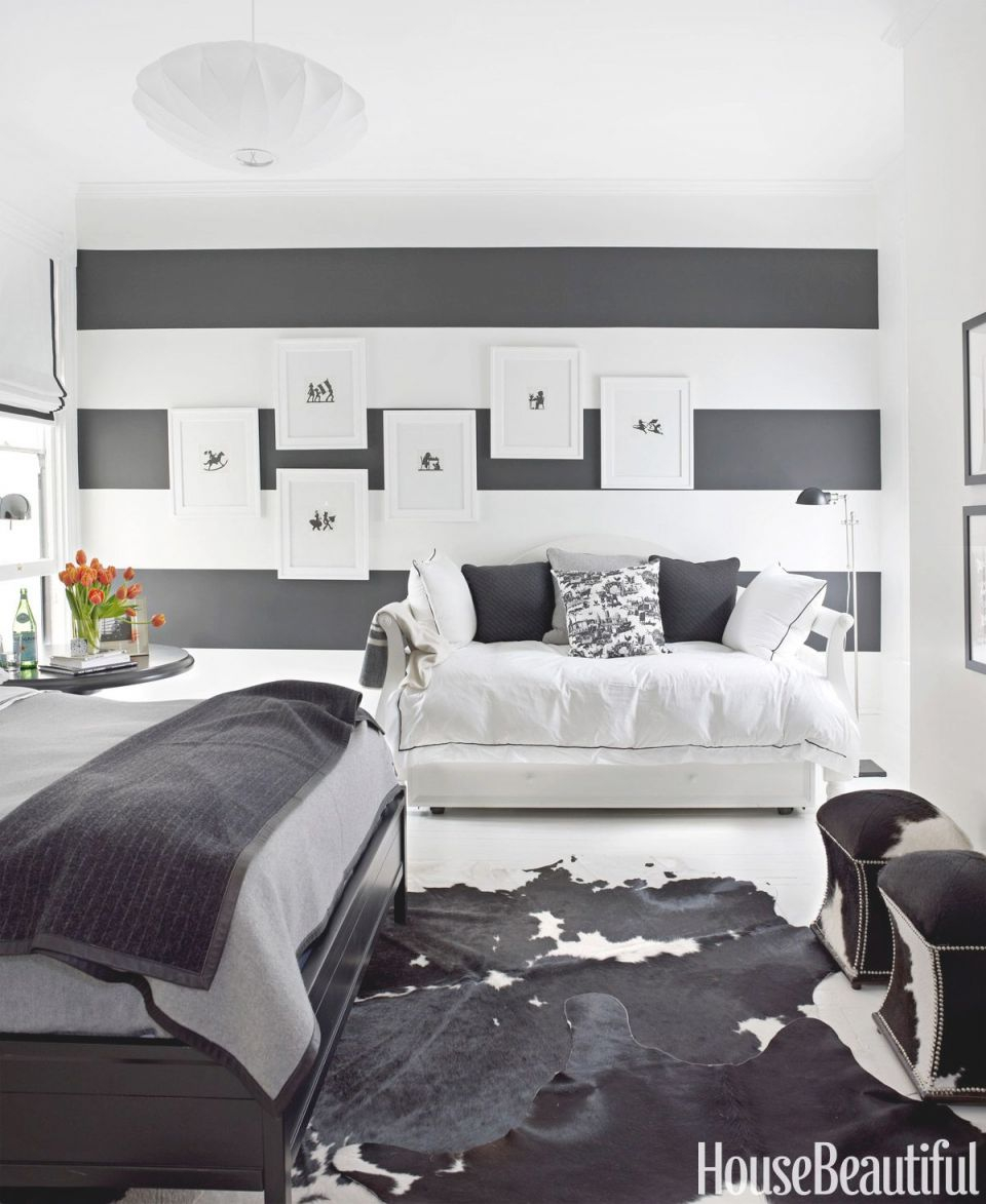 Black And White Designer Rooms – Black And White Decorating in Monochrome Living Room Decorating Ideas