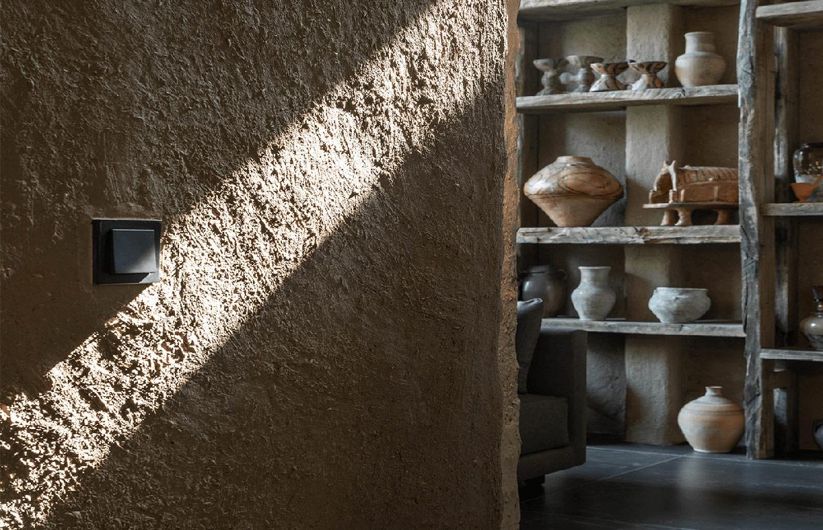 clay-walls