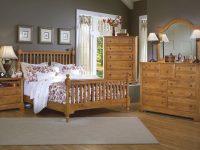 Cottage Slat Poster Bedroom Set (Oak) within Oak Bedroom Furniture Sets