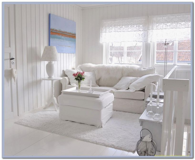 Elegant Shabby Chic Living Room Decorating Ideas With White