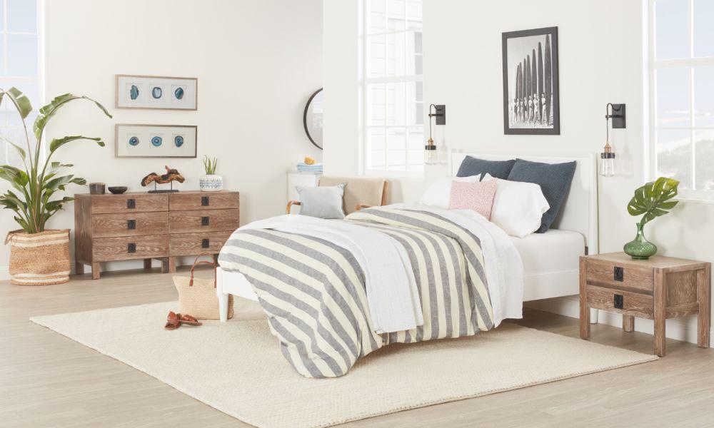 Emejing Coastal Bedroom Furniture Images White Bedroom in Coastal Bedroom Furniture Sets