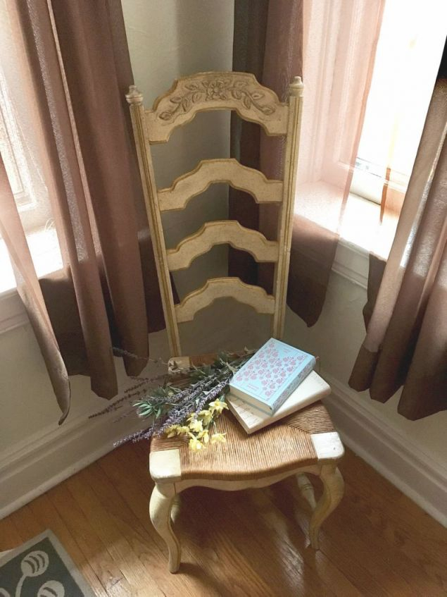 French Provincial Cream Wicker Woven Seat Dining Side Chairs Pair in French Provincial Living Room Furniture