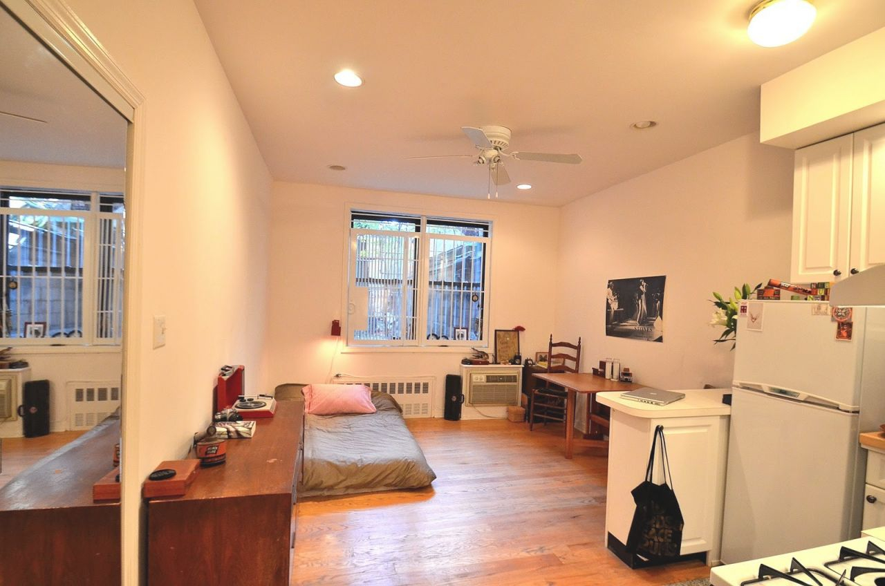 Ingenious Nyc Studio Apartment Design That Are Full Of throughout One Bedroom Apartments Nyc