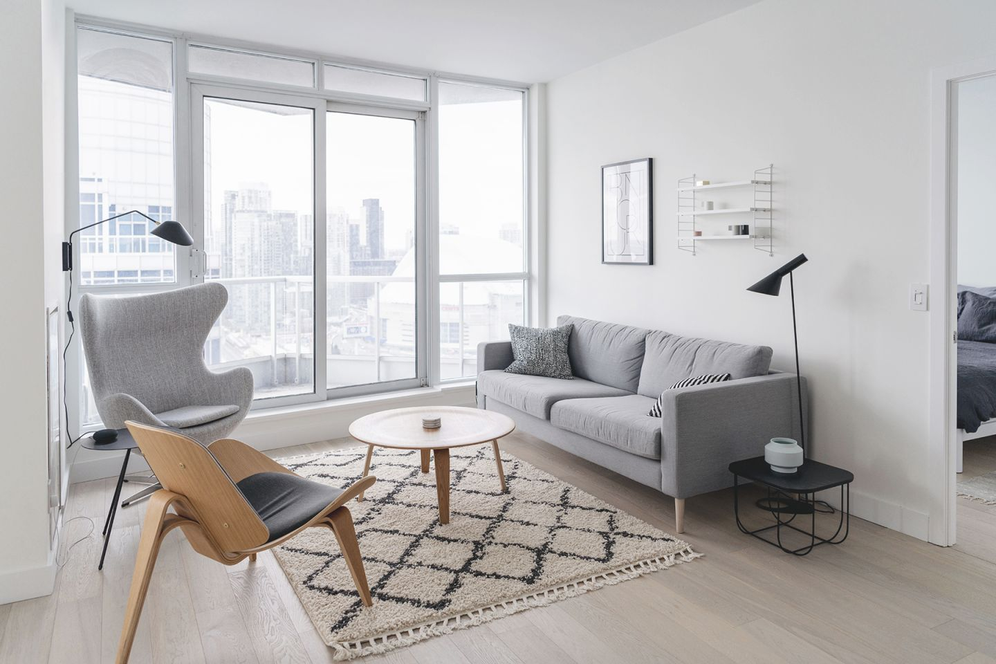 Interior Design | Happy Grey Lucky with Elegant Monochrome Living Room Decorating Ideas