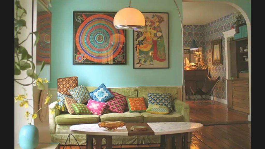 Modern Retro Living Room Ideas inside Retro Living Room Decor