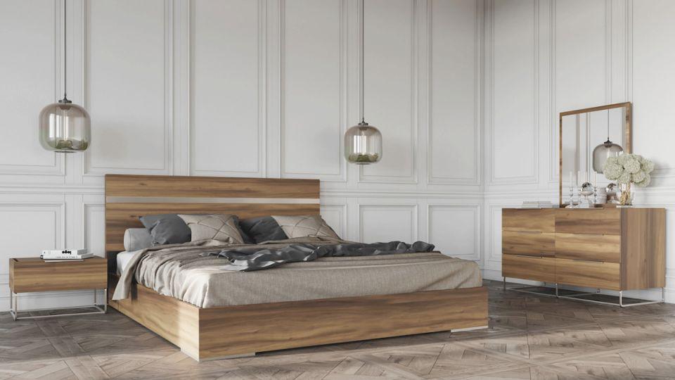 Nova Domus Lorenzo Italian Modern Light Oak Bedroom Set within Luxury Oak Bedroom Furniture Sets