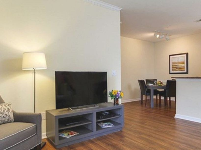 Oakwood Raleigh At Brier Creek - One Bedroom Furnished Apartment - Umstead for Luxury One Bedroom Furnished Apartment