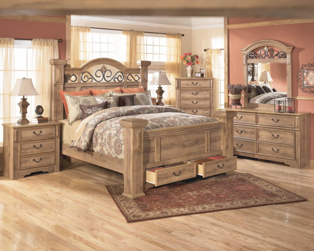 Queen Oak Bedroom Sets With Desk Awesome Awesome Full Size intended for Best of Bedroom Set With Desk