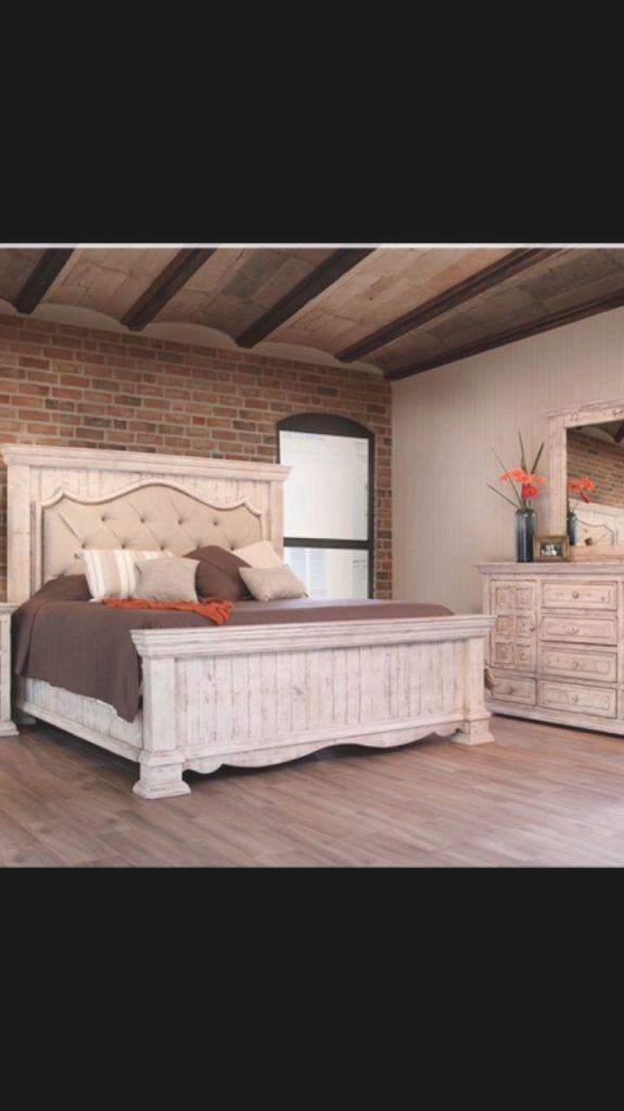Queen Oak Bedroom Sets With Desk Farmhouse Tufted Bedroom with regard to Bedroom Set With Desk