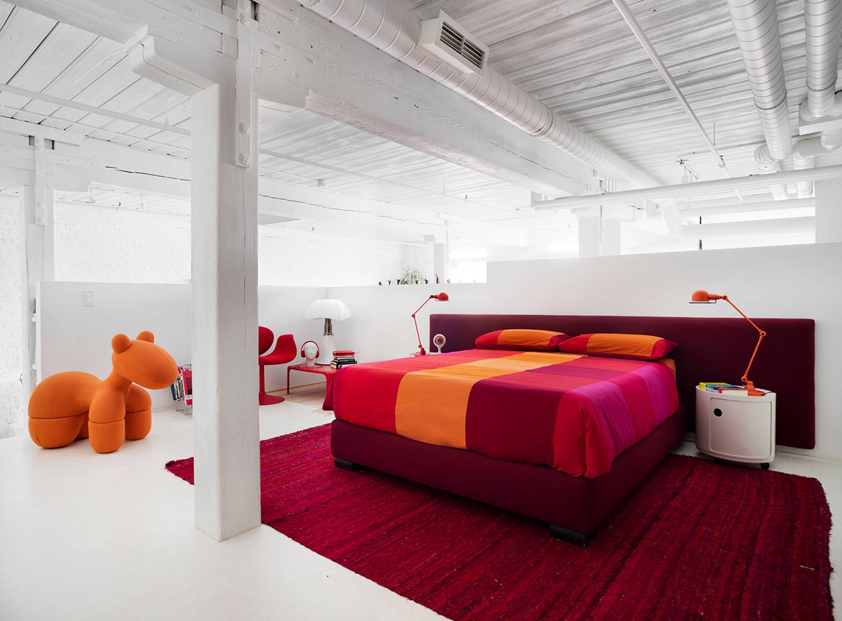 red-rugs-for-bedroom