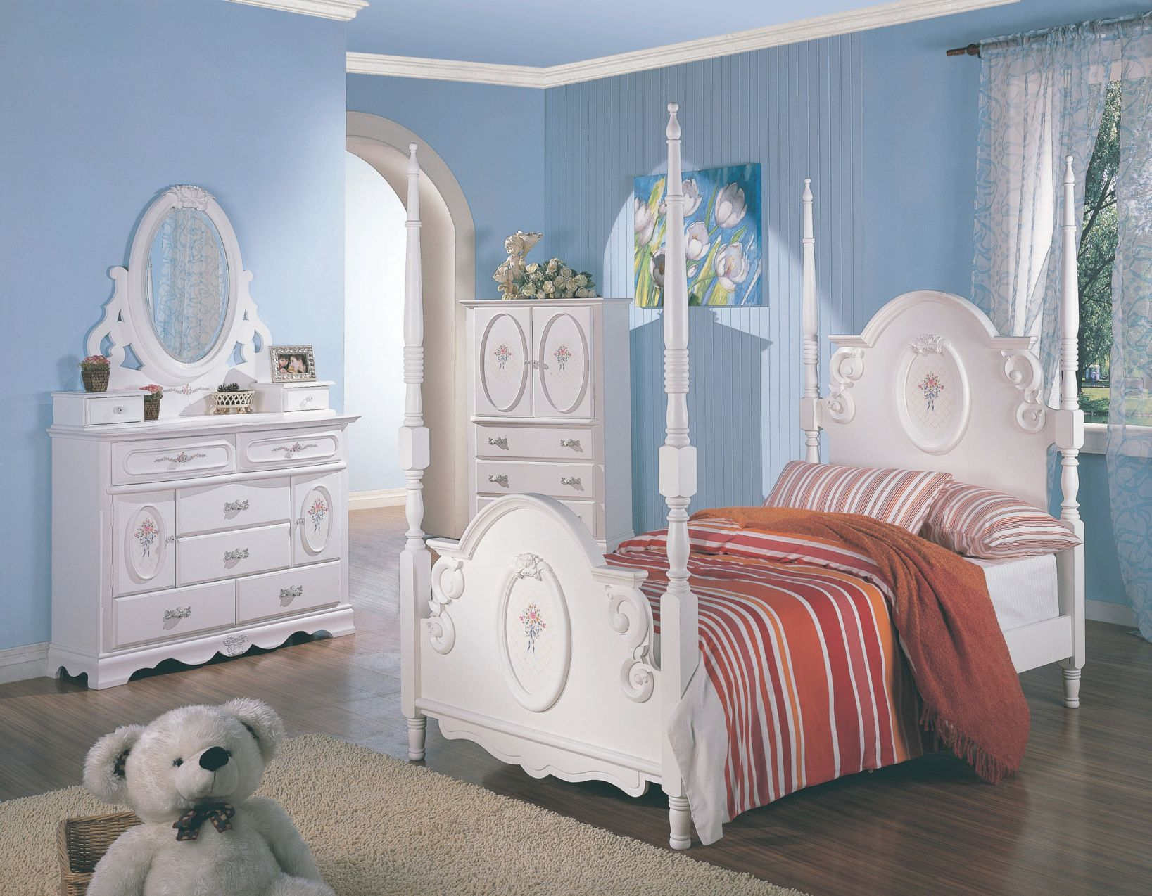 Teen S White Wash Elegant Four Post Bedroom Set Pertaining To