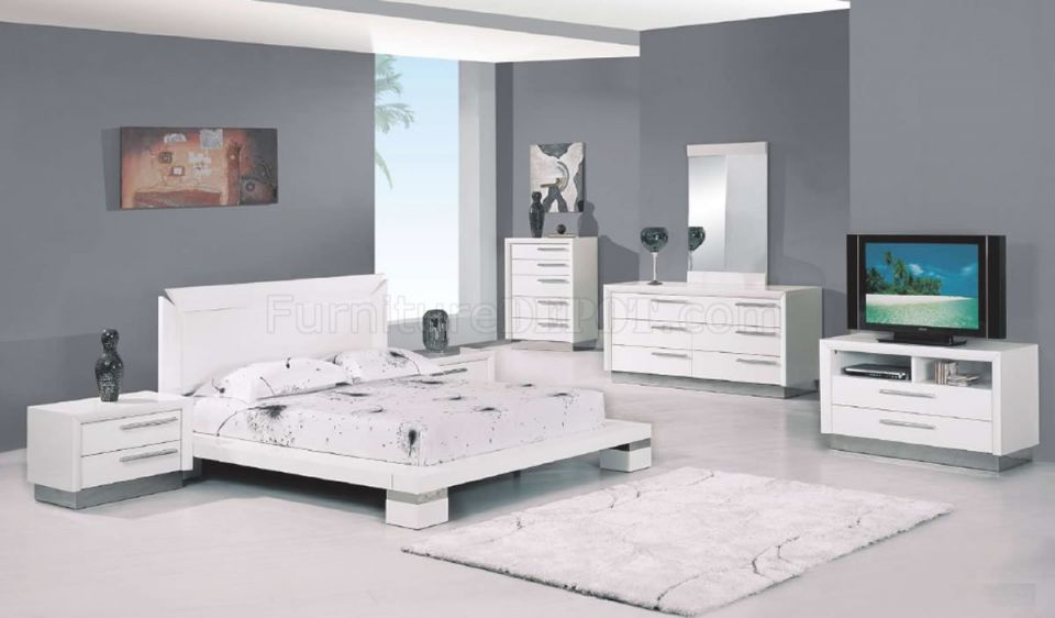 White High Gloss Finish Modern Platform Bedroom Set with Beautiful Cheap White Bedroom Furniture Sets