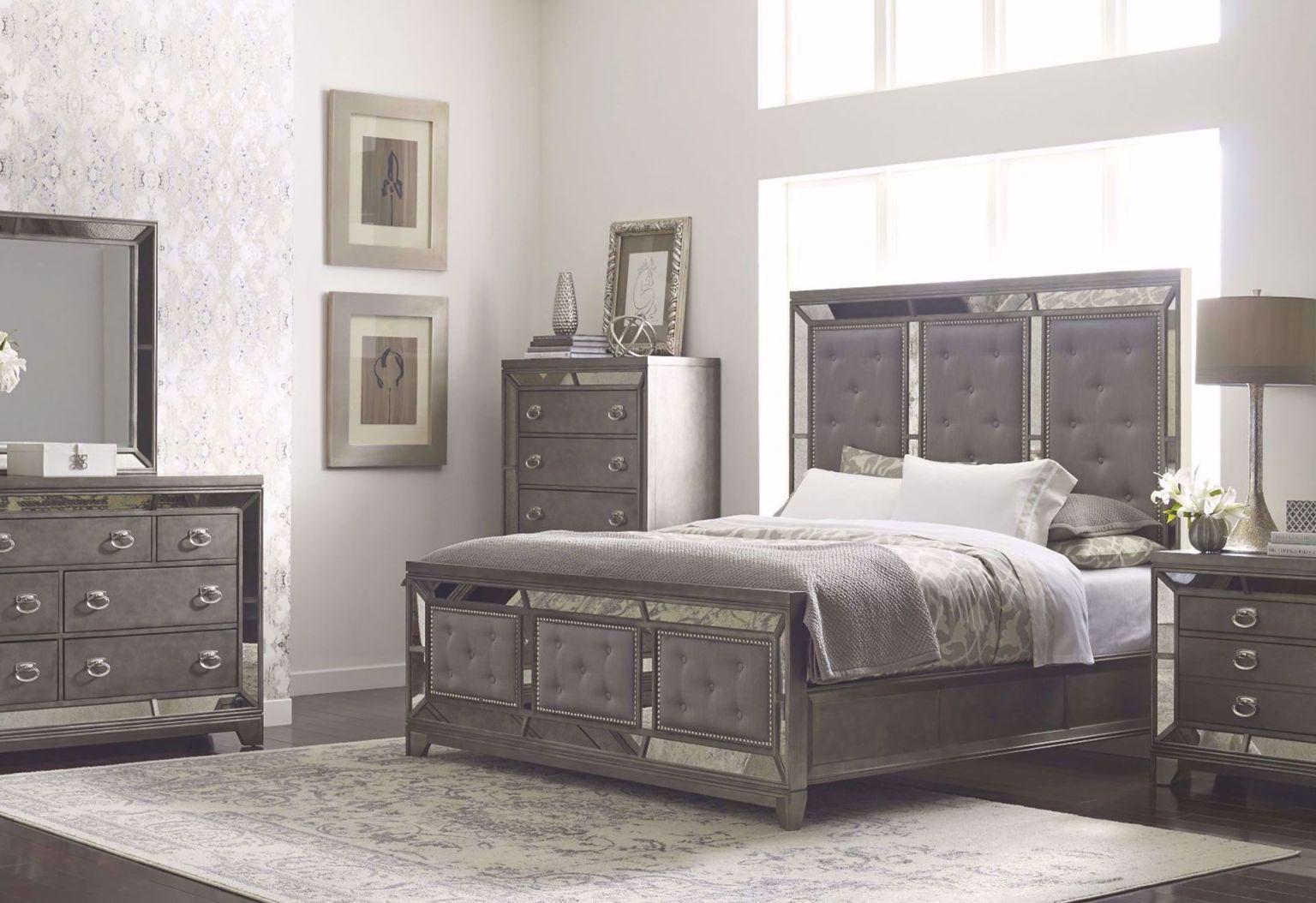 Winston King Bedroom Set in Bedroom Sets King