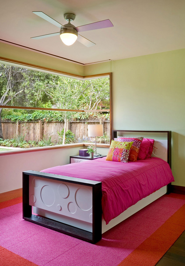 Pink-coloured room with open windows