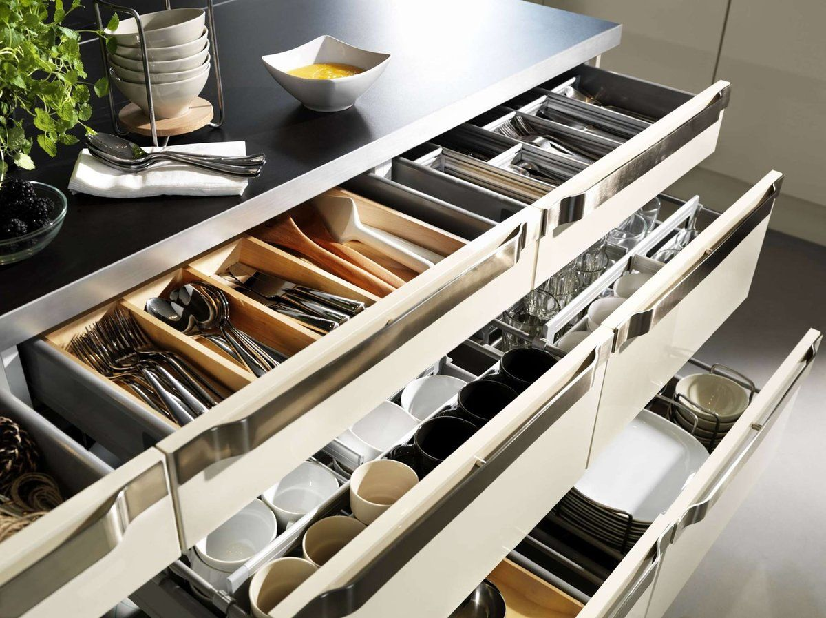 Organizing Kitchen Storage Systems and Pantry for Ultimate Comfort. Successfully organized cutlery