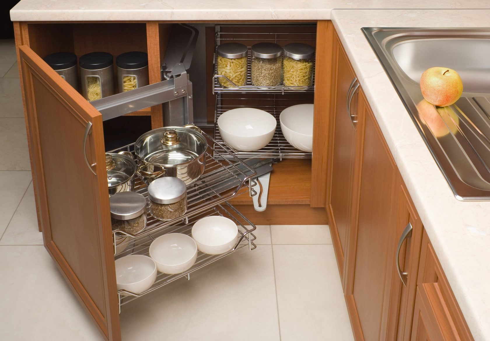 Organizing Kitchen Storage Systems and Pantry for Ultimate Comfort. A lot of space for glass cans