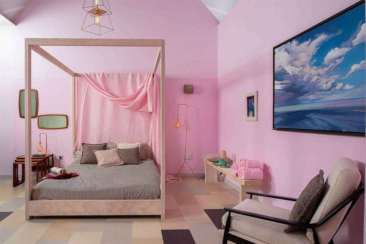 candy-pink-bedroom