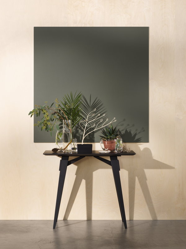 designer-narrow-entryway-table-black-finish-for-nordic-interior-themes
