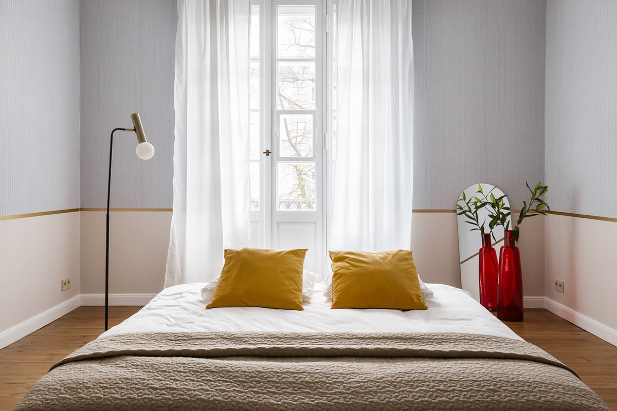 light-pink-grey-and-gold-colour-scheme-bedroom