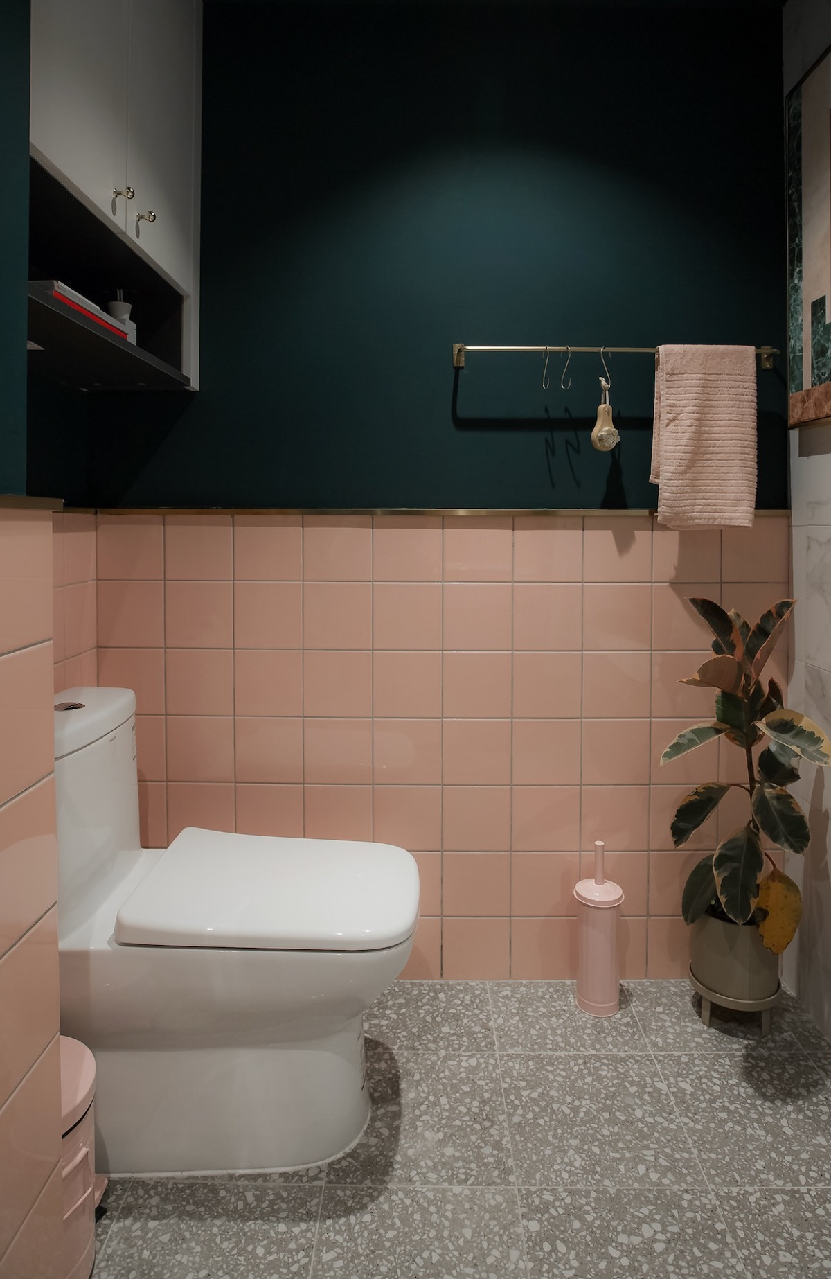 Pink And Dark Green Bathroom Awesome