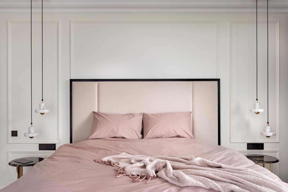 pink-bedroom-set