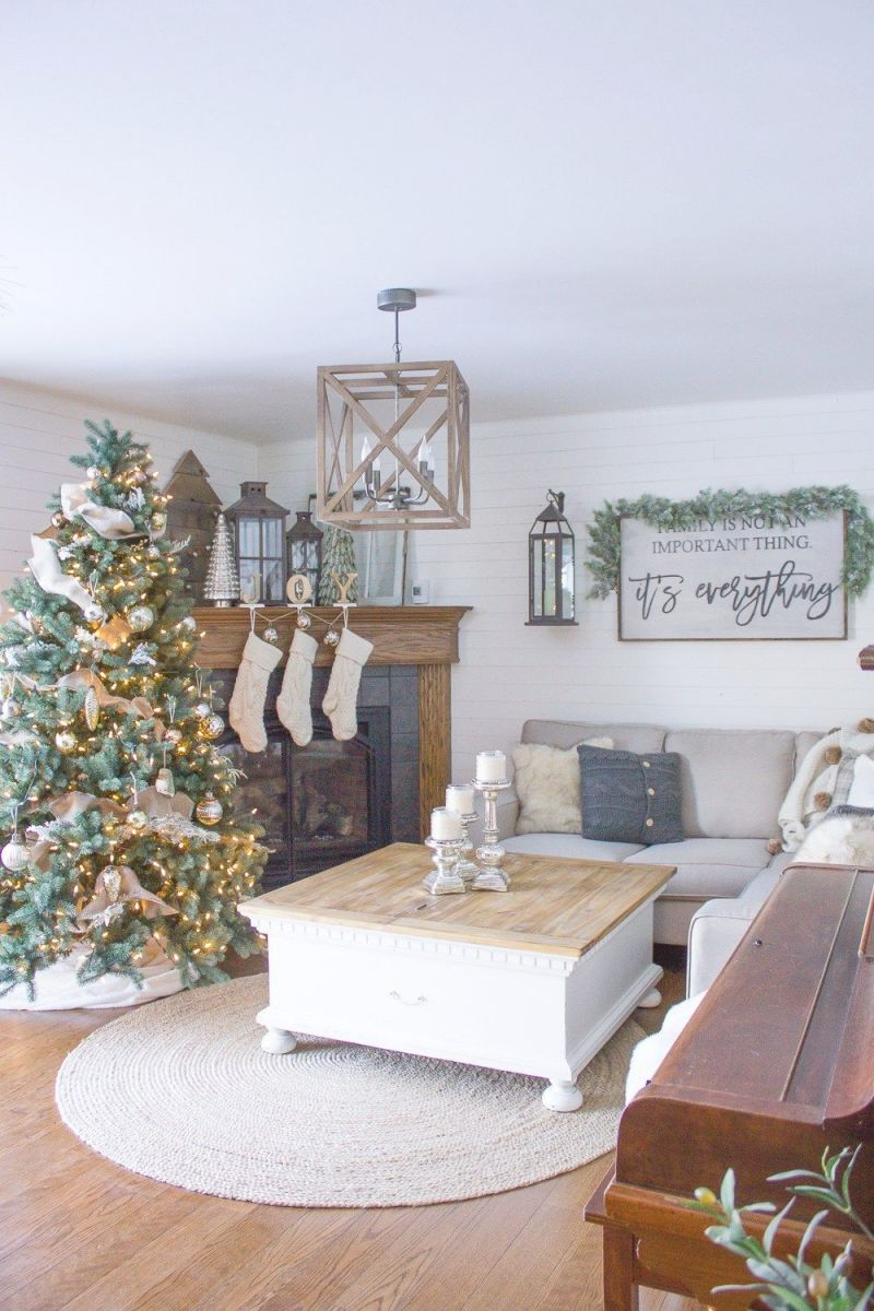 25 Stylish And Cozy Christmas Living Room Decor Ideas with Living Room Coffee Table Decorating Ideas