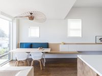 blue-wood-and-white-simple-dining-area