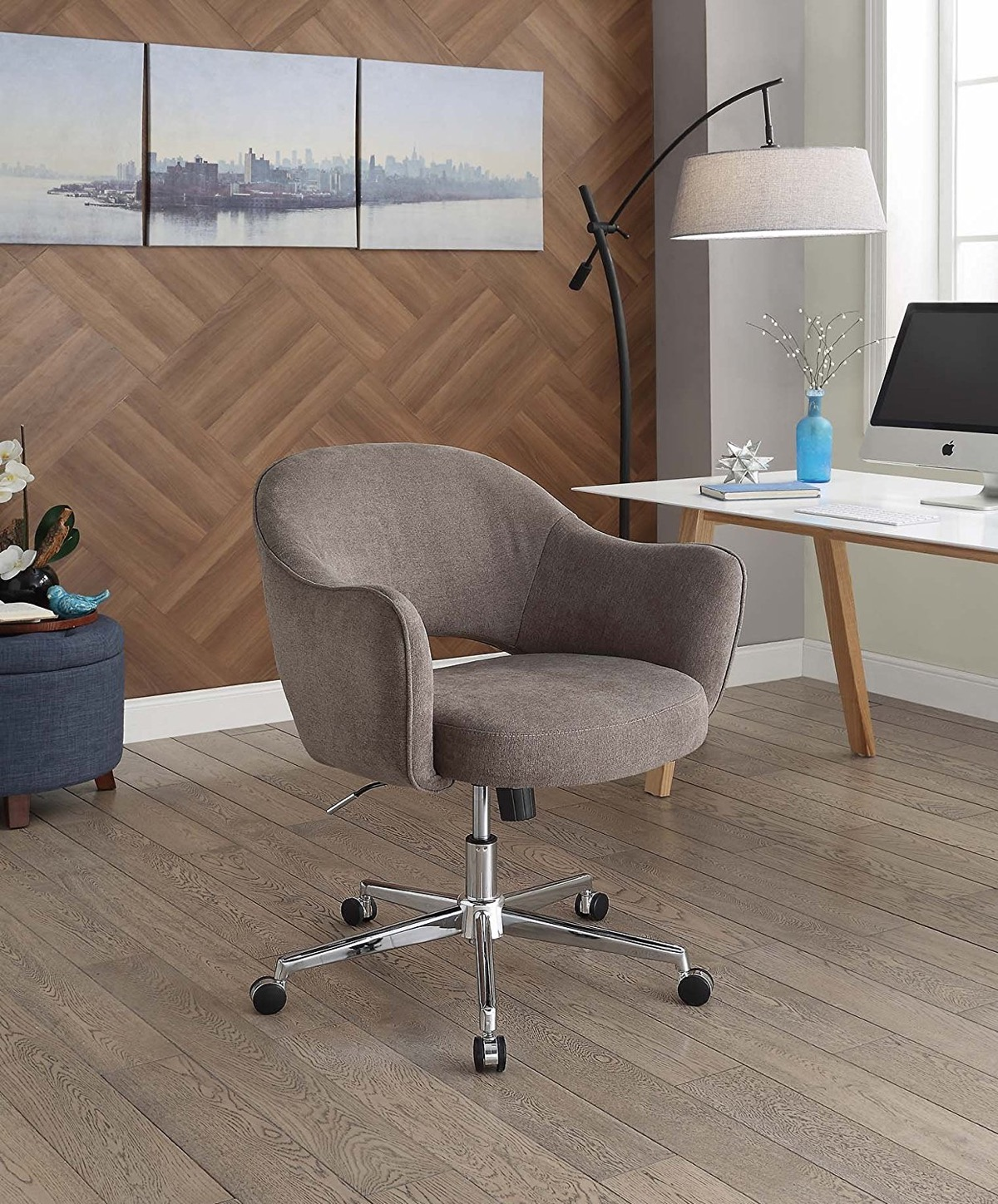 cloth-coloured-with-swivel-function-cute-desk-chairs