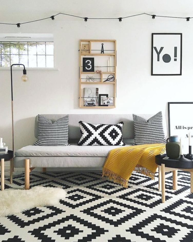 Essential Tips For Living Room Decor with Unique Yellow Walls Living Room Interior Decor