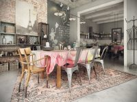 french-industrial-dining-room-decor