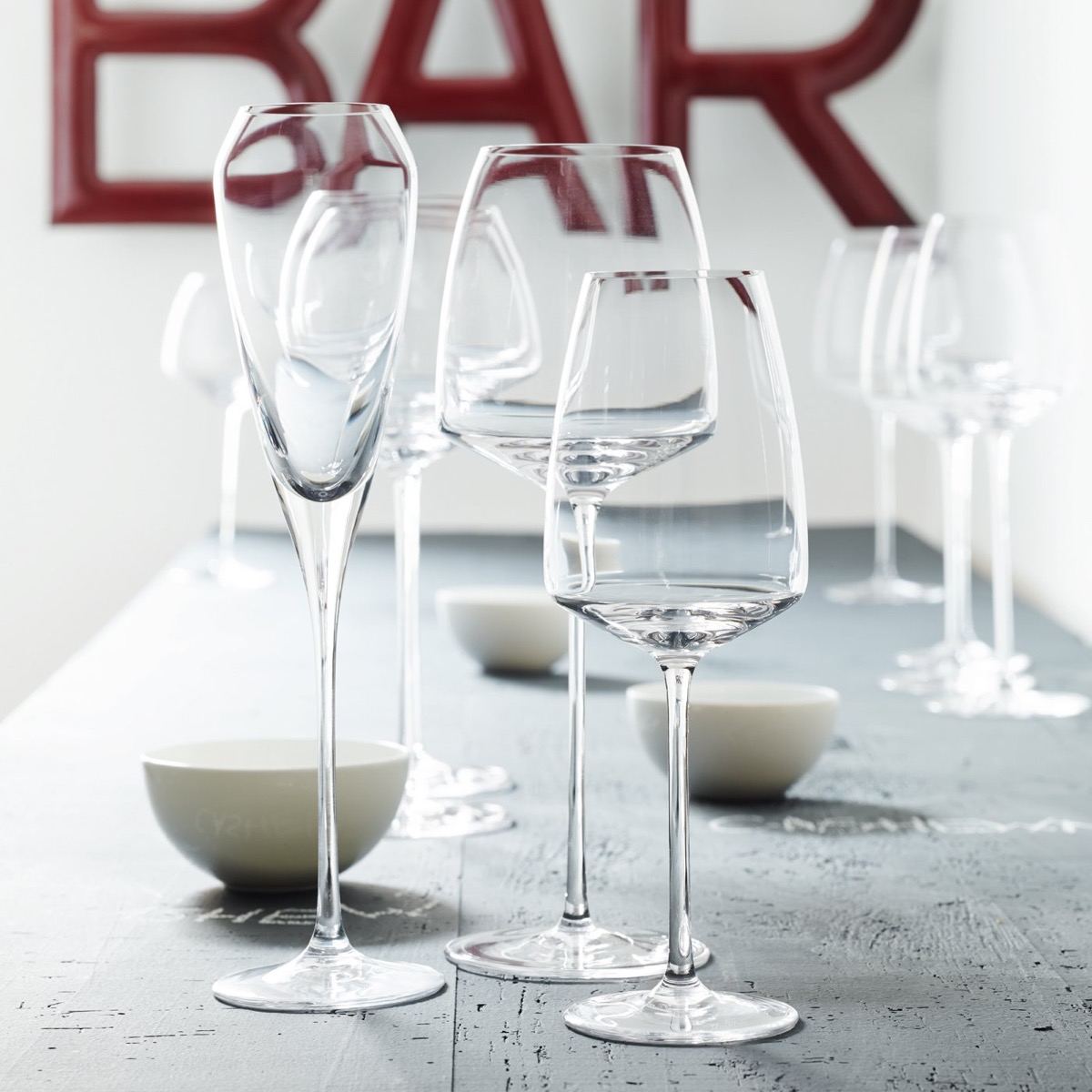 gifts-for-architect-license-celebration-bauhaus-walter-gropius-wine-glasses