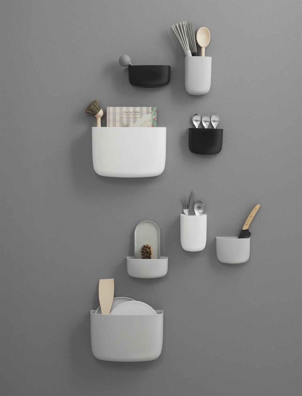 gifts-for-architect-students-wall-organizer