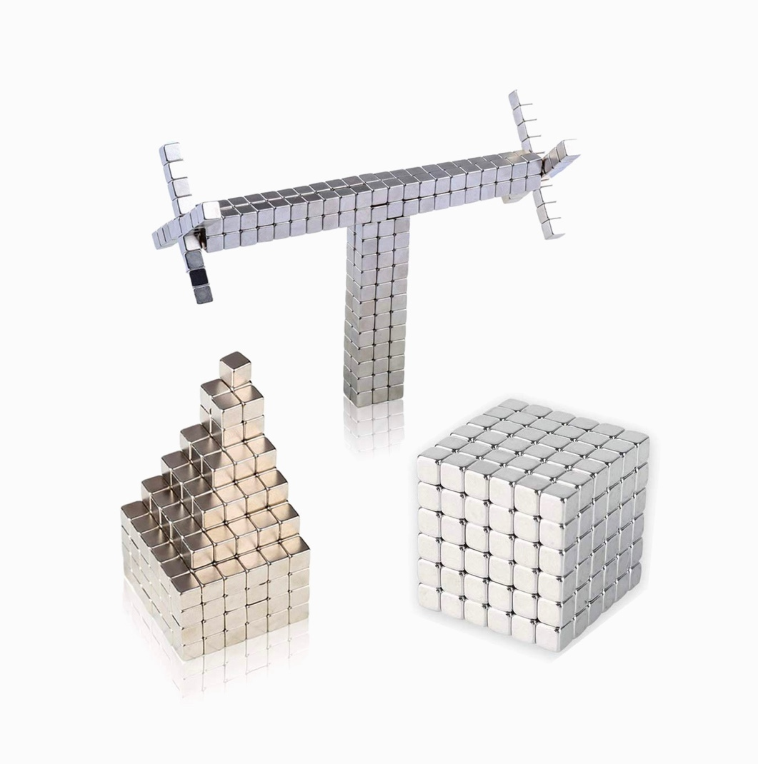 inexpensive-gifts-for-architects-and-architectural-students-magnet-toy-fidget-blocks