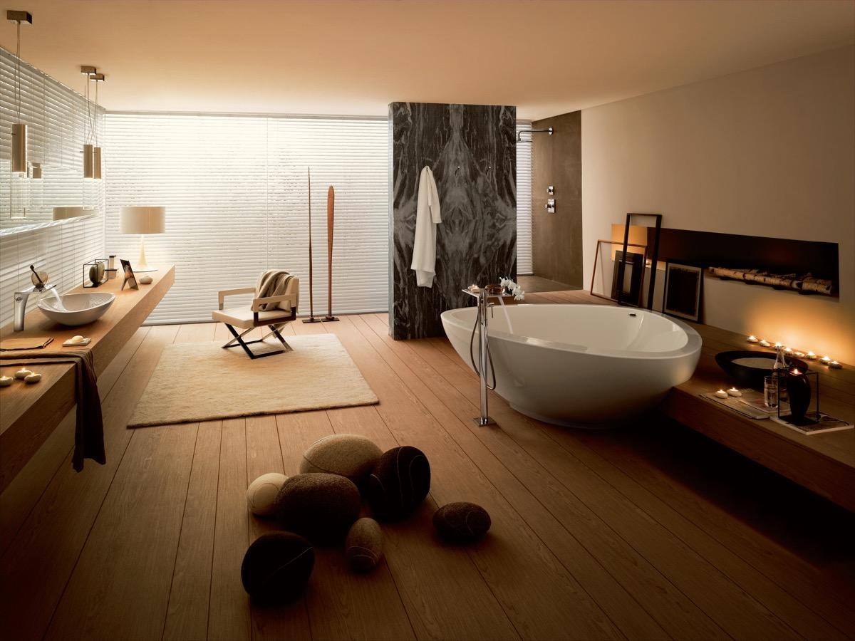 large-luxury-bathrooms
