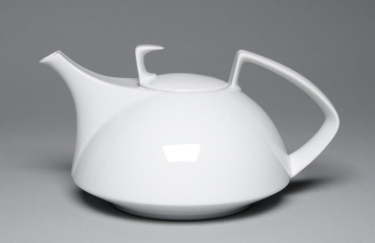 luxurious-architectural-gift-bauhaus-teapot-walter-gropius