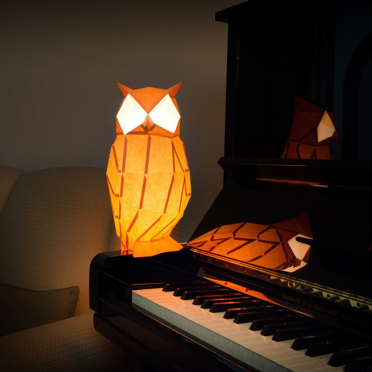 paper-owl-table-lamp