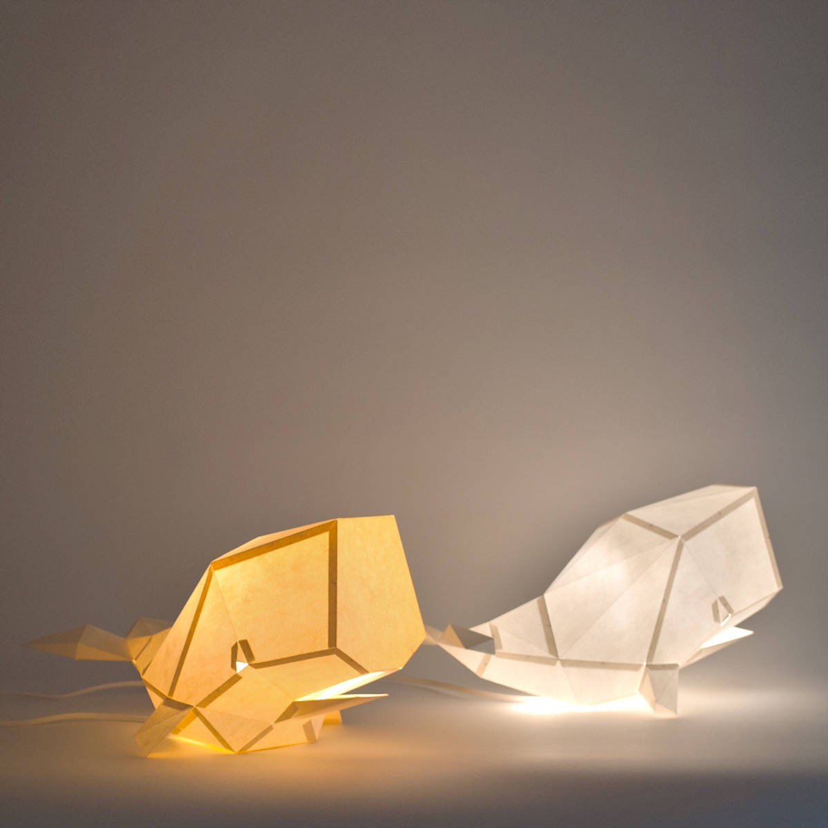 paper-whale-lamps-1