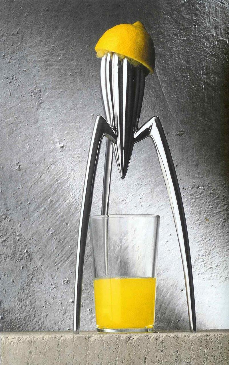 sculptural-juicer