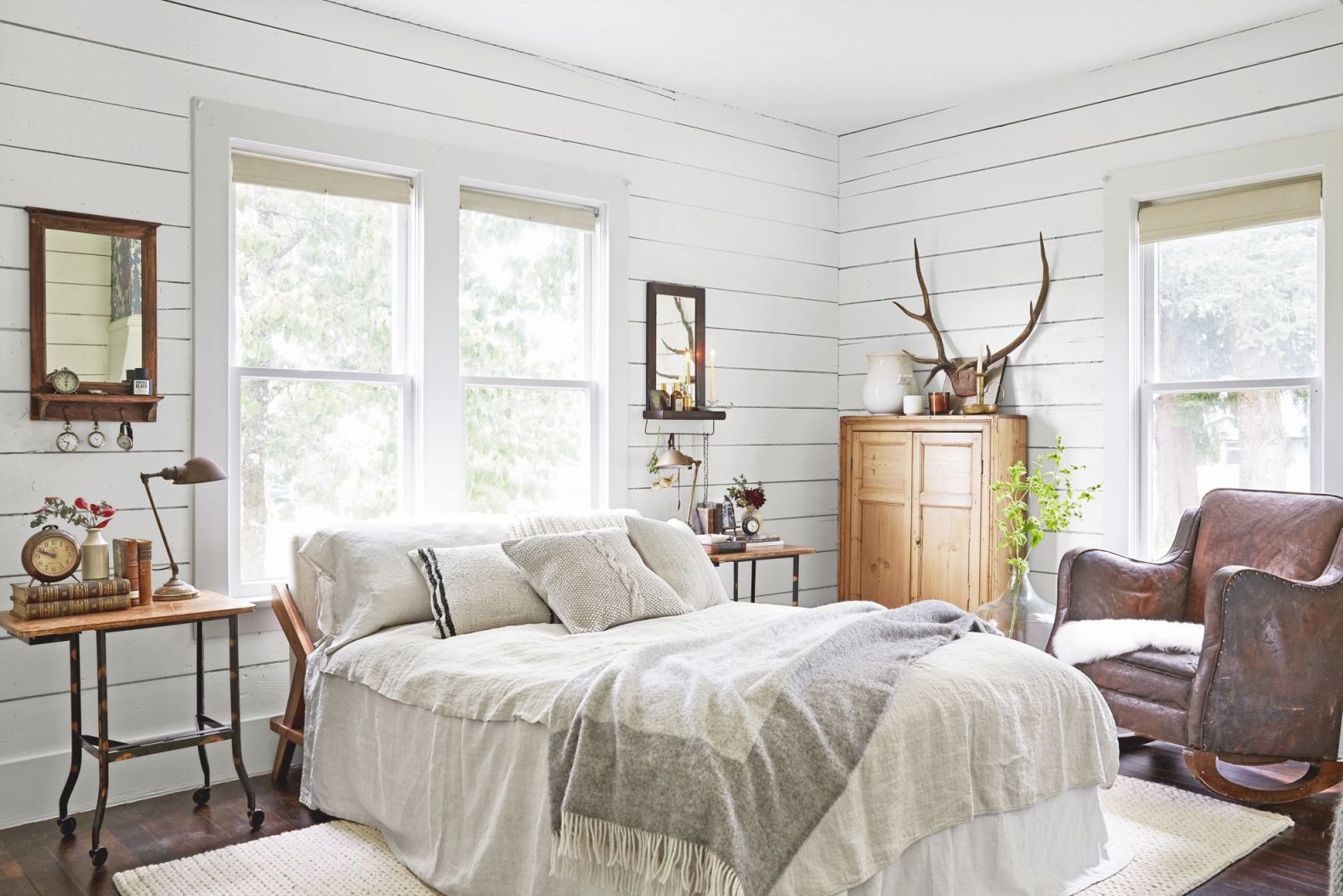 100+ Bedroom Decorating Ideas In 2020 – Designs For in Cabin Bedroom Decorating Ideas