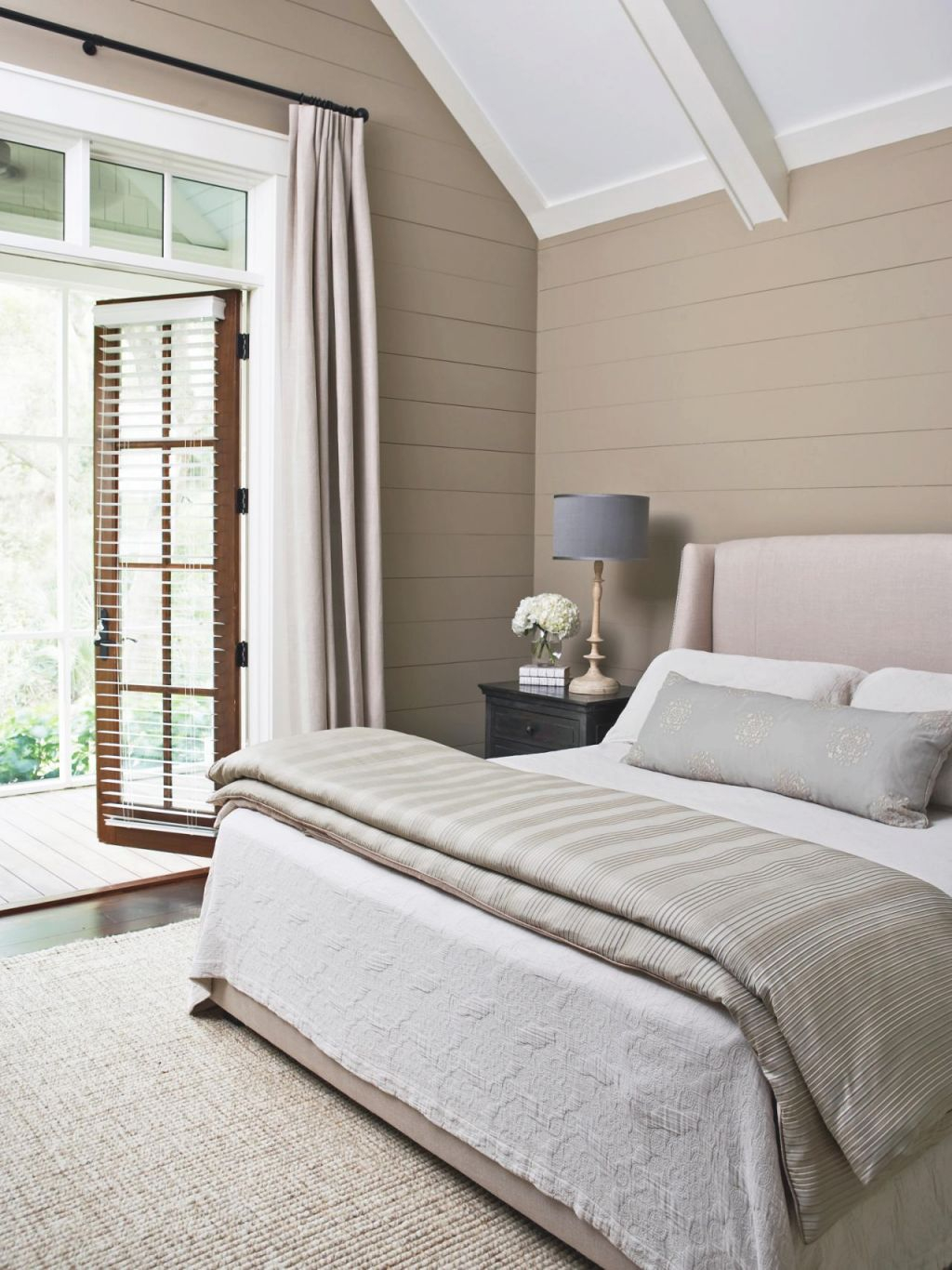 14 Ideas For Small Bedroom Decor | Hgtv's Decorating with Best of Decorating Ideas For Small Bedroom