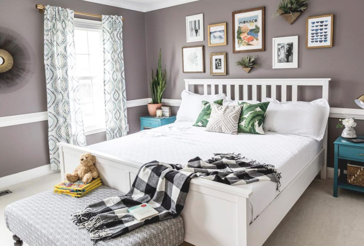 20 Ways To Decorate A Small Bedroom   Shutterfly for Cheap Bedroom Decor Ideas