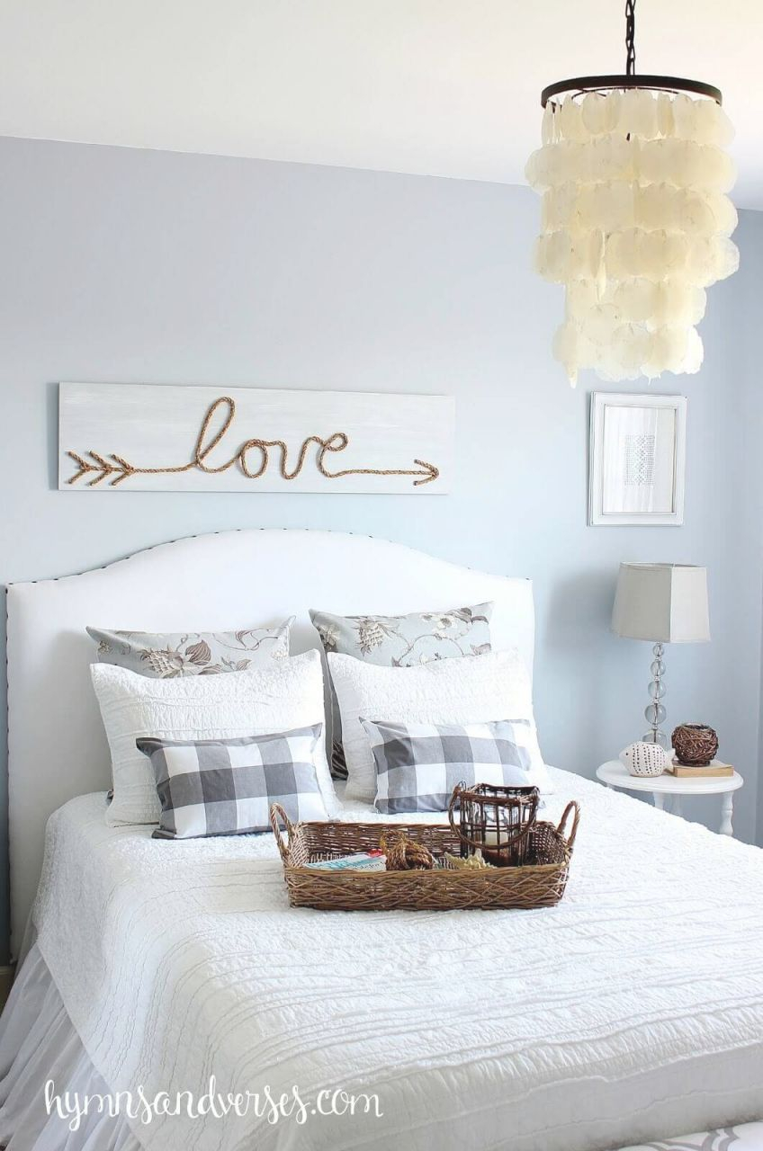 25+ Best Bedroom Wall Decor Ideas And Designs For 2020 for Inspirational Wall Decoration Ideas For Bedrooms