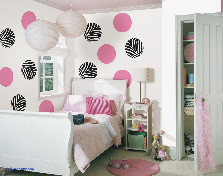 wall decor ideas for teenage girl bedroom