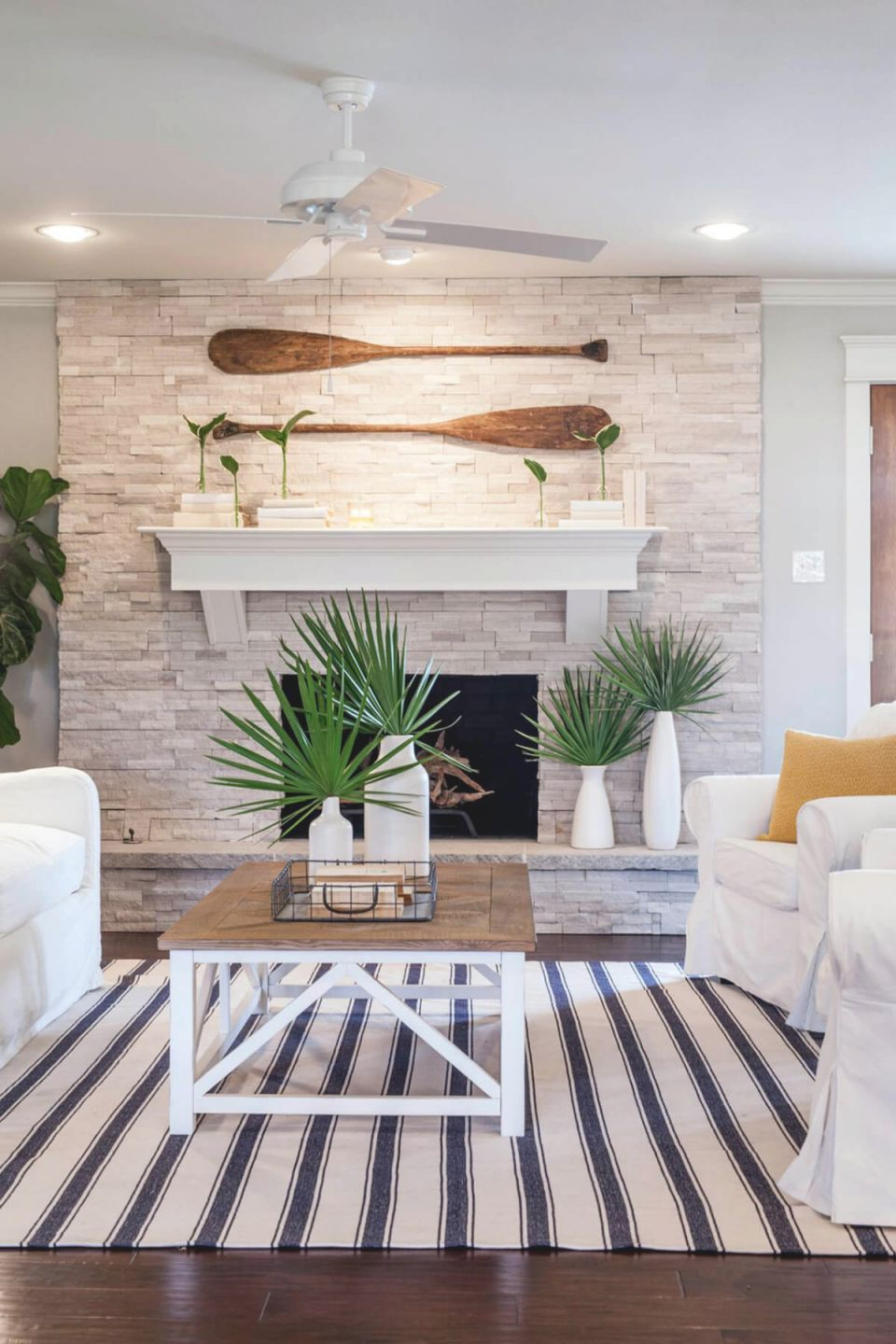 34 Best Beach And Coastal Decorating Ideas And Designs For 2020 in Fresh Beach Theme Bedroom Decorating Ideas